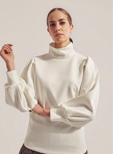 Monamoda Pileli Balon Kol Bluz Beyaz